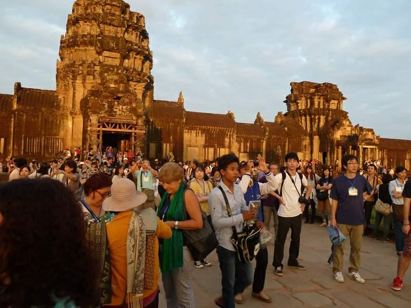 vietnam-indokitay-8-cambodia-angkor-07