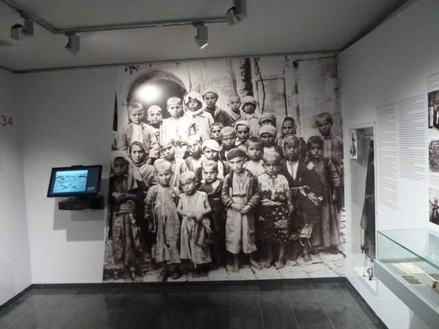 armenia-popitali-radio-erevan-3-migracia-01