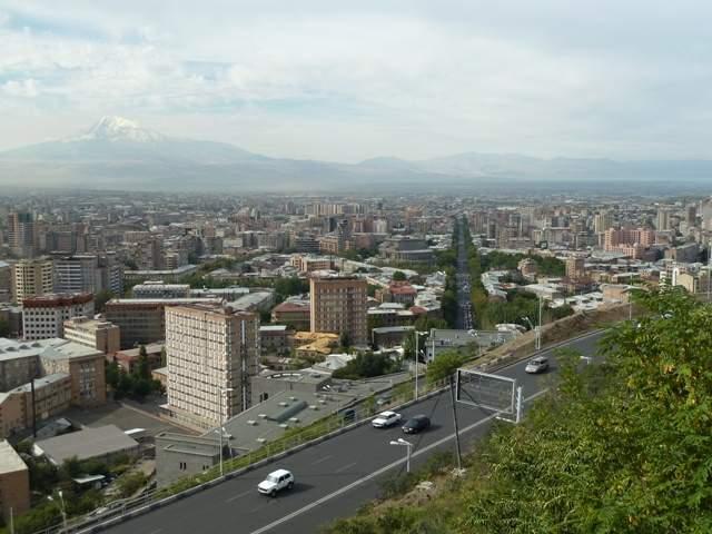 armenia-popitali-radio-erevan-4-tufi-obsidian-diamanti-01