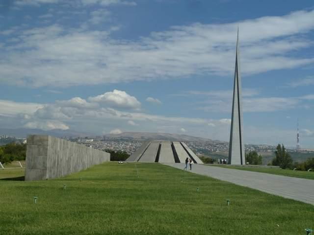 armenia-popitali-radio-erevan-5-istoria-01